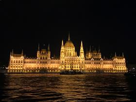 "Budapest by night - ESVD workshop organized in Budapest ""Advanced cytology for Veterinary Dermatologist"""